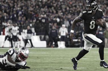 Lamar en modo MVP fue demasiado para el invicto que sostenian los Patriots. Foto: Ravens