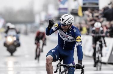 Lampaert vuelve a ganar en otra exhibición de Alejandro Valverde