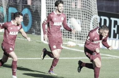 """José """"Pepe"""" Sand festejando el primer gol del partido./ Foto: Prensa Lanús"""