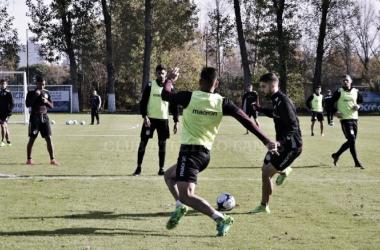 Lanús entrenando en el Polideportivo. Foto: Página Oficial Club Atlético Lanús