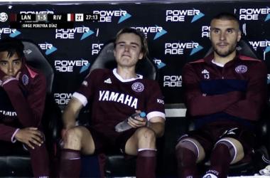 Los juveniles lloran por el presente negro en Lanús. Foto: Superliga