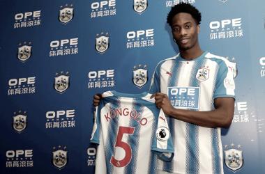 Terence Kongolo se marcha cedido al Huddersfield Town