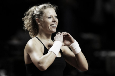 Laura Siegemund shows her love for her home crowd after one of her victories this week at the Porsche Tennis Grand Prix. | Photo: Adam Pretty/Bongarts