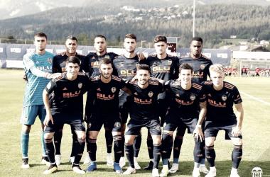 Foto del equipo titular frente al FC Lausanne Sport. Fuente: Valencia CF.