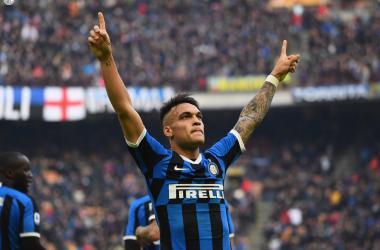Lautaro esulta dopo il gol al Cagliari. | Foto: Twitter @Inter