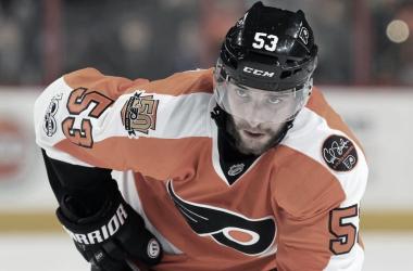 Shayne Gostisbehere | Fuente: NHL.com