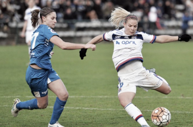 Eugenie Le Sommer scored five for Lyon on the opening day | Photo: Alex Ortega