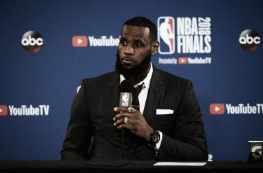 LeBron James en las Finales del pasado año - Fuente: nba.com/cavaliers