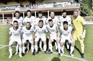 El Mirandés se deja dos puntos en Sarriena. | Foto: SD Leioa