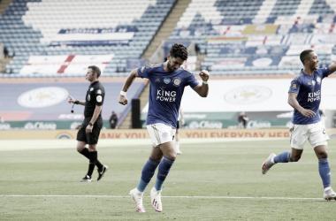 Leicester se recupera, bate Sheffield United e segue firme na luta por vaga à Champions League