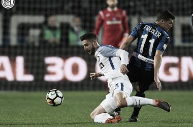 Inter deja dos puntos en Bérgamo