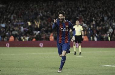 Leo celebra una de sus dos dianas a su víctima favorita, el Sevilla   Foto: @LaLiga