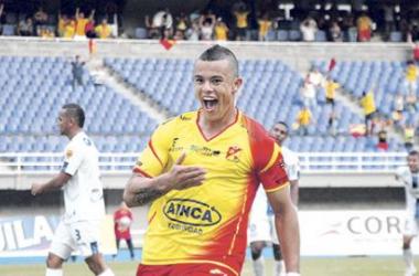 Deportivo Pereira aplastó al Expreso Rojo