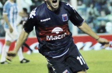 Ramiro Leone jugando en Tigre. Convirtió 5 goles en el Matador (Foto: Web).