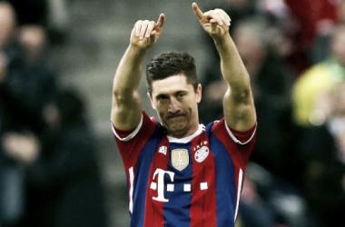 Bayern bate Wolfsburgo: 'Furacão Lewandowski' faz 5 golos em apenas 9 minutos