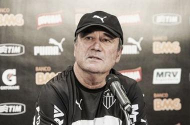 Levir Culpi vê evolução no Atlético-MG e diz que quer contar com Guilherme e Dátolo diante do Boa