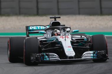 F1, GP Spagna - Domina Hamilton, doppietta Mercedes. Vettel soltanto quarto