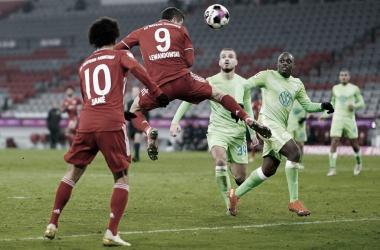 Sempre ele: Lewandowski garante vitória do Bayern e encerra invencibilidade do Wolfsburg