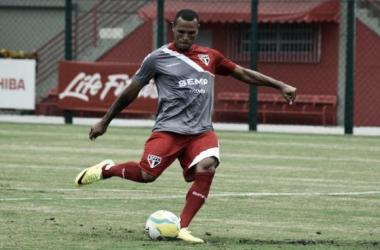 Em dia de decisão, São Paulo aposta em boa fase de Luis Fabiano para bater o Penapolense