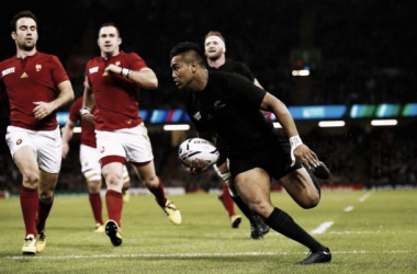 Julian Savea crosses for his first try of the night in Cardiff (image via: stuff.co.nz)