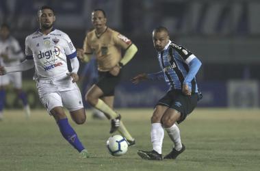 "<span style=""color: rgb(51, 51, 51); font-family: ""Roboto Condensed"", Helvetica, sans-serif; font-size: 16px; font-style: normal; text-align: start; background-color: rgb(255, 255, 255);"">Fotos: Lucas Uebel | Grêmio FBPA</span>"