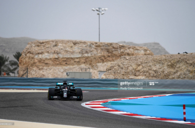 Hamilton continues form into FP1 - BahrainGP