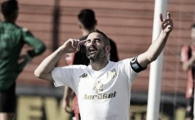 Lisandro, otra vez, de lo más destacado del partido. (Foto: Web)
