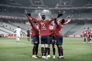 Lille bate Dijon e assume ponta isolada da Ligue 1