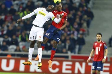 Amadou face à N'Doye, duel de costauds au milieu de terrain