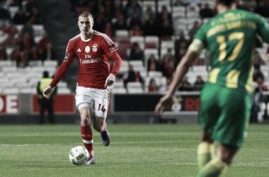 Lindelof é uma das estrelas em ascensão de Rui Vitória // Foto: Facebook do SL Benfica