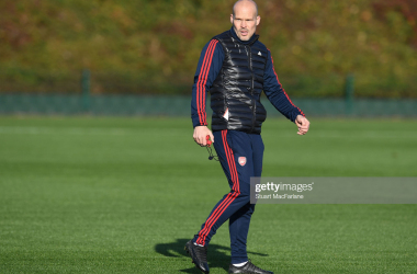 Freddie Ljungberg takes charge of first team training following the sacking of Unai Emery | Photo by Stuart MacFarlane/Arsenal FC via Getty Images