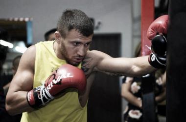 Hi Tech se prepara para el combate unificatorio con Pedraza (Foto: Mikey Williams | Top Rank)