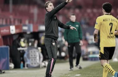 """Lopetegui reclama de resultado e árbitro após derrota do Sevilla para Borussia Dortmund: """"Não merecemos perder"""""""