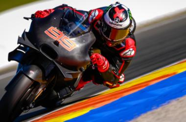Lorenzo alla prima uscita in Ducati. Che sia il momento della prima vittoria in rosso?