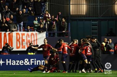 Osasuna celebrando un gol este año en el Sadar. Fuente: La Liga