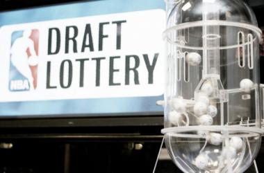 Celtics y Lakers, pendientes de la lotería