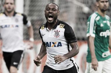 Vágner Love em ação pelo Corinthians, neste domingo (Foto: Daniel Augusto/Corinthians)