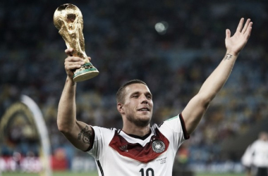 Lukas Podolski announces retirement from international football