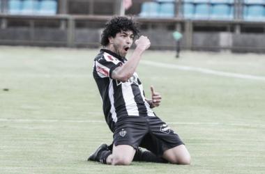 Atacante comemora efusivamente seu primeiro gol contra a Tombense (Foto Bruno Cantini/Atlético-MG)