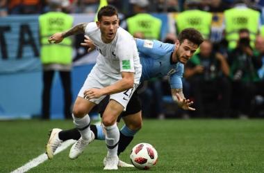 Lucas Hernández disputando el partido frente a Uruguay. Imagen: Federación Francesa de Fútbol