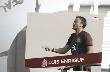 Cartel con la foto de Luis Enrique en el vídeo de convocados / Foto: YouTube