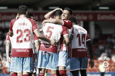 Jugadores del CD Lugo celebrando un gol | Foto: LaLiga