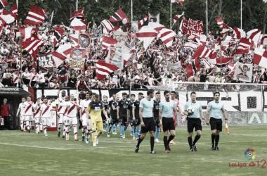 Salida de vestuarios de Rayo y Lugo en el partido de ayer | LaLiga
