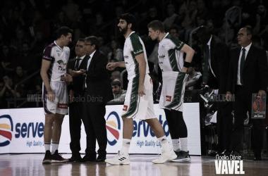 Luis Casimiro y sus jugadores / Archivo: VAVEL