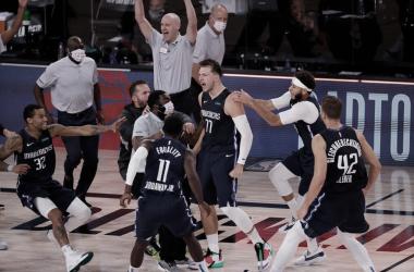 Crónica NBA: memorable exhibición de Luka Doncic para igualar la serie