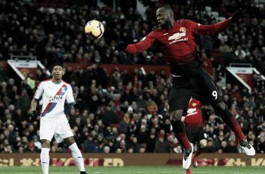 Romelu Lukaku marcó pero su gol fue anulado | Foto: Premier League