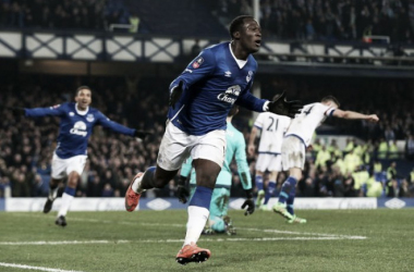 Everton 2-0 Chelsea: Blues downed by ruthless Lukaku as hosts progress to FA Cup semis