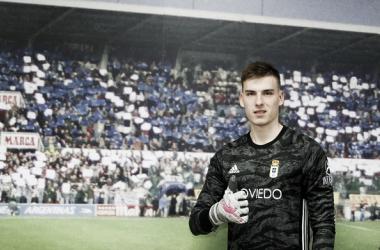 Lunin refuerza la portería del Real Oviedo