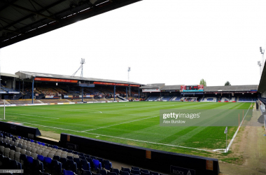 Leicester City will travel to Kenilworth Road in the Third Round of the Carabao Cup | Photo: Getty/ Alex Burstow