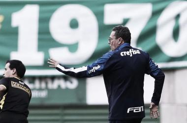"""Luxemburgo elogia jovens e projeta final com Corinthians: """"Proposta do Palmeiras é ser campeão"""""""